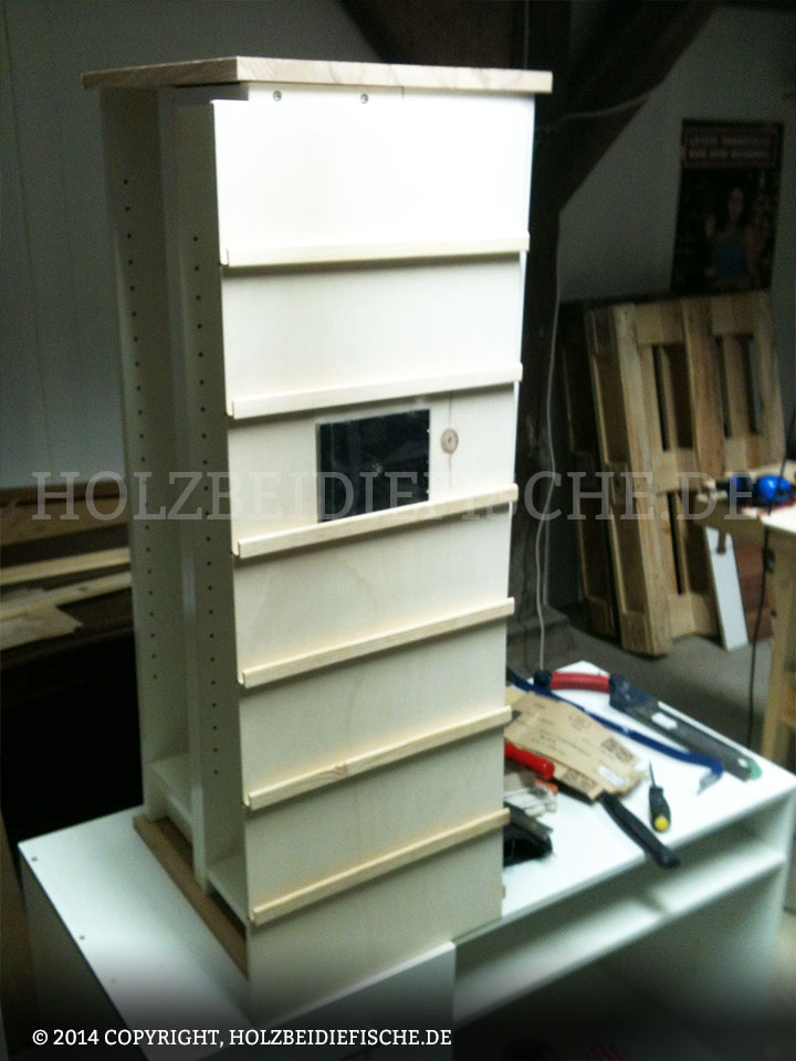 holz bei die fische cd regal 01. Black Bedroom Furniture Sets. Home Design Ideas