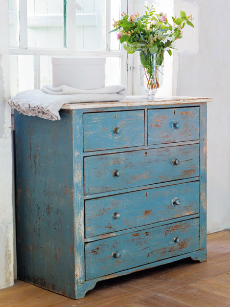 shabby chic mobel navy yard. Black Bedroom Furniture Sets. Home Design Ideas
