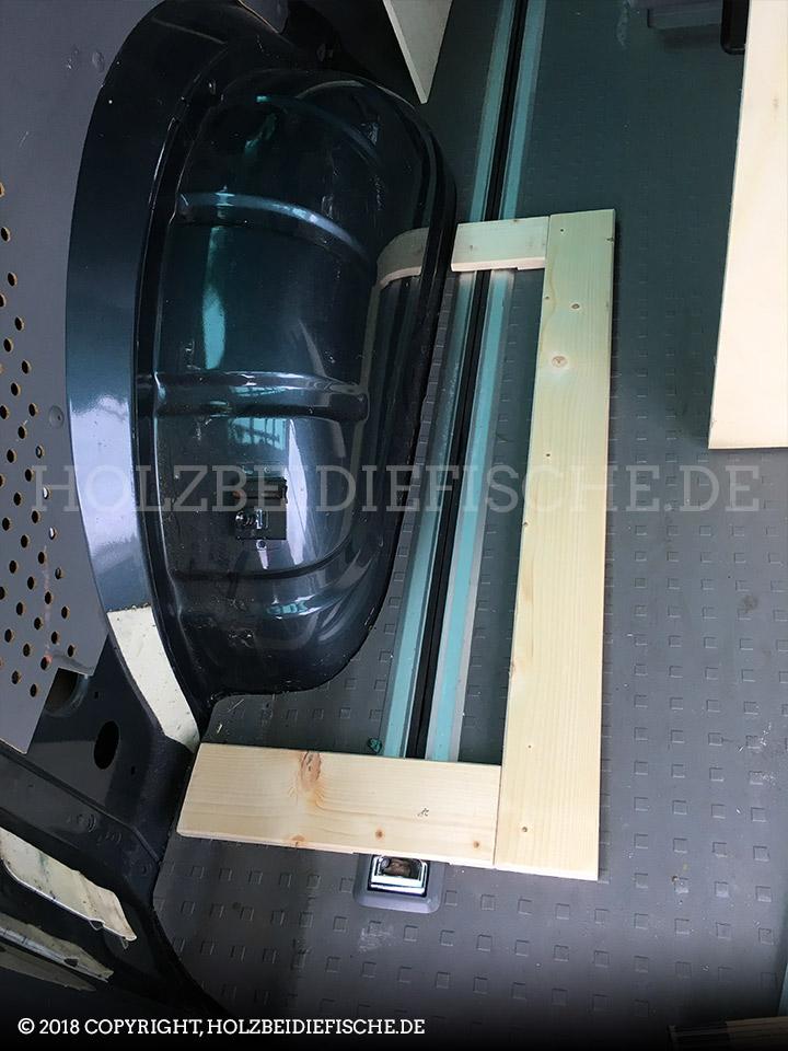 vw-bus-innenausbau-schrank-hinten-04