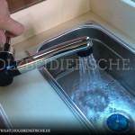 vw-bus-innenausbau-schrank-waschbecken-zusammenbau-05