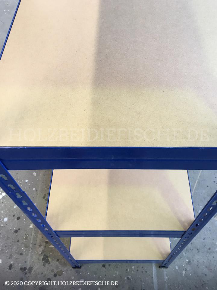 Metall Regal aufgebaut Seitenansicht